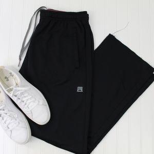 Avalanche black track pants size xl